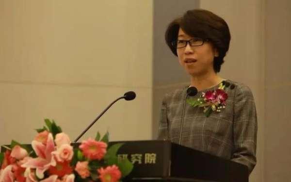 正式当选,她成山东最年轻市长